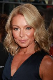 Kelly Ripa at Richard Plepler and HBO Honored at Lincoln Center's American Songbook Gala in New York 2018/05/29 8