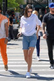 Kendall Jenner Stills in Denim Shorts Out in New York 2018/05/09 13