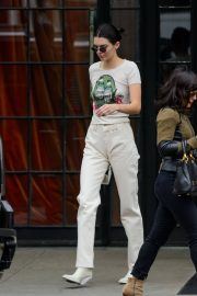 Kendall Jenner Stills Out and About in New York 2018/05/06 7