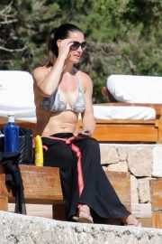 Kirsty Gallacher Stills at Bootcamp Workout on the Beach in Ibiza 2018/05/15 7