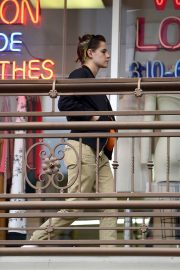Kristen Stewart and Stella Maxwell Out for Sushi in Hollywood 2018/05/24 10