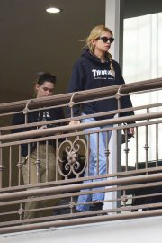 Kristen Stewart and Stella Maxwell Out for Sushi in Hollywood 2018/05/24 12