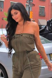 Kylie Jenner Stills Out and About in New York 2018/05/06 16