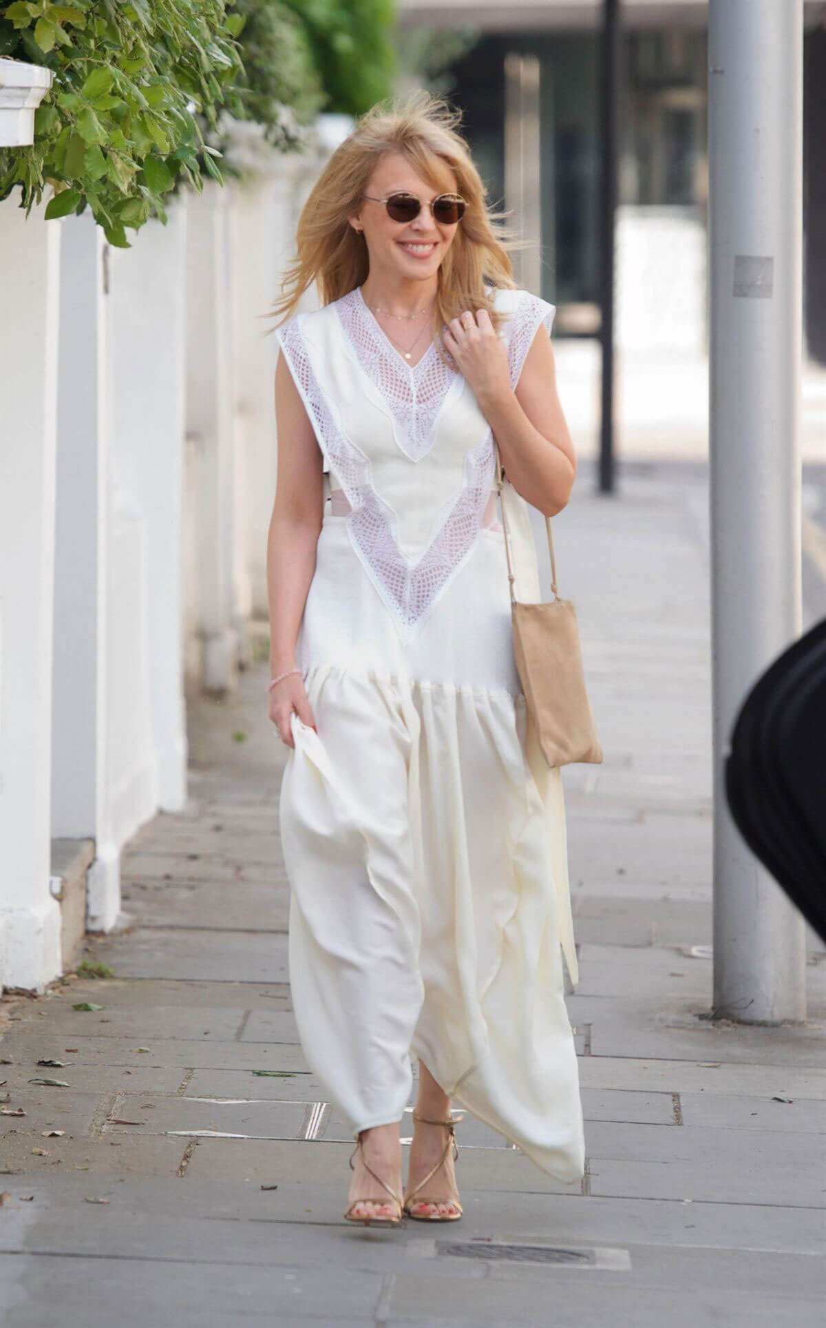Kylie Minogue Heading to Chiltern Firehouse in London 2018/05/26 9