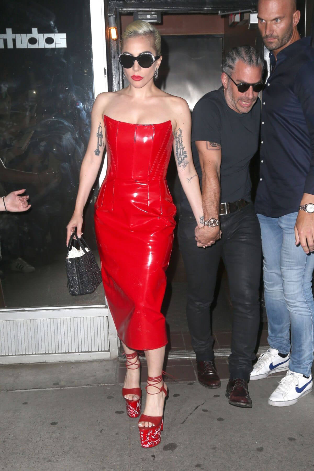 Lady Gaga Out in New York 2018/05/29 12