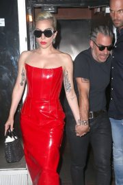 Lady Gaga Out in New York 2018/05/29 13