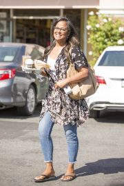 Laila Ali Stills Out for a Coffee in Calabasas 2018/05/21 5