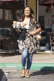 Laila Ali Stills Out for a Coffee in Calabasas 2018/05/21 7
