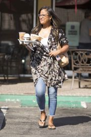 Laila Ali Stills Out for a Coffee in Calabasas 2018/05/21 9