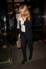 Laura Whitmore Arrives at Kinky Boots Gala Performance in London 2018/05/29 6