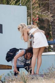 Lottie Moss on the Set of a Photoshoot in Ibiza 2018/05/25 8