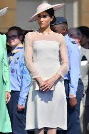 Meghan Markle Stills at a Garden Party at Buckingham Palace in London 2018/05/22 4