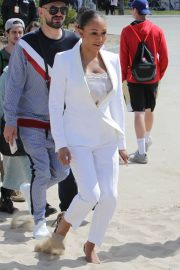 Melanie Brown at Today Show Hosted by Kathie Gifford & Hoda at Venice Beach 2018/05/25 3