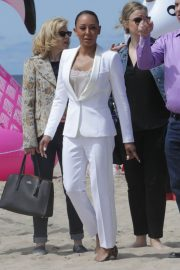 Melanie Brown at Today Show Hosted by Kathie Gifford & Hoda at Venice Beach 2018/05/25 9