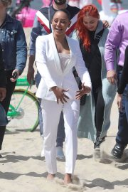 Melanie Brown at Today Show Hosted by Kathie Gifford & Hoda at Venice Beach 2018/05/25 15