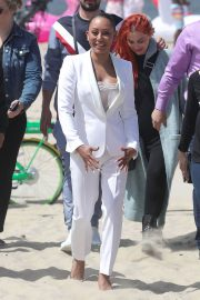 Melanie Brown at Today Show Hosted by Kathie Gifford & Hoda at Venice Beach 2018/05/25 17