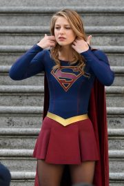 Melissa Benoist and Erica Durance Stills on the Set of Supergirl in Vancouver 2018/05/02 6