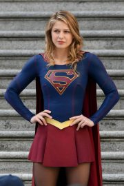 Melissa Benoist and Erica Durance Stills on the Set of Supergirl in Vancouver 2018/05/02 7