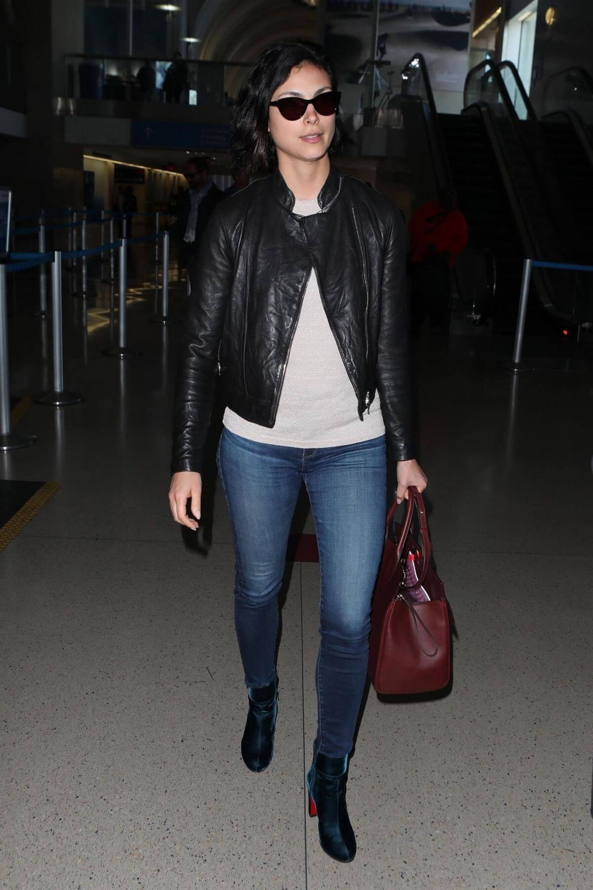 Morena Baccarin Stills at LAX Airport in Los Angeles 2018/05/17 9