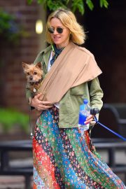 Naomi Watts Stills Out with Her Dogs in New York 2018/05/17 2