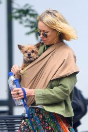 Naomi Watts Stills Out with Her Dogs in New York 2018/05/17 8