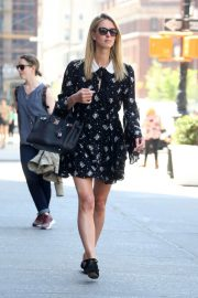 Nicky Hilton Rothschild Stils Out and About in New York 2018/05/01 4
