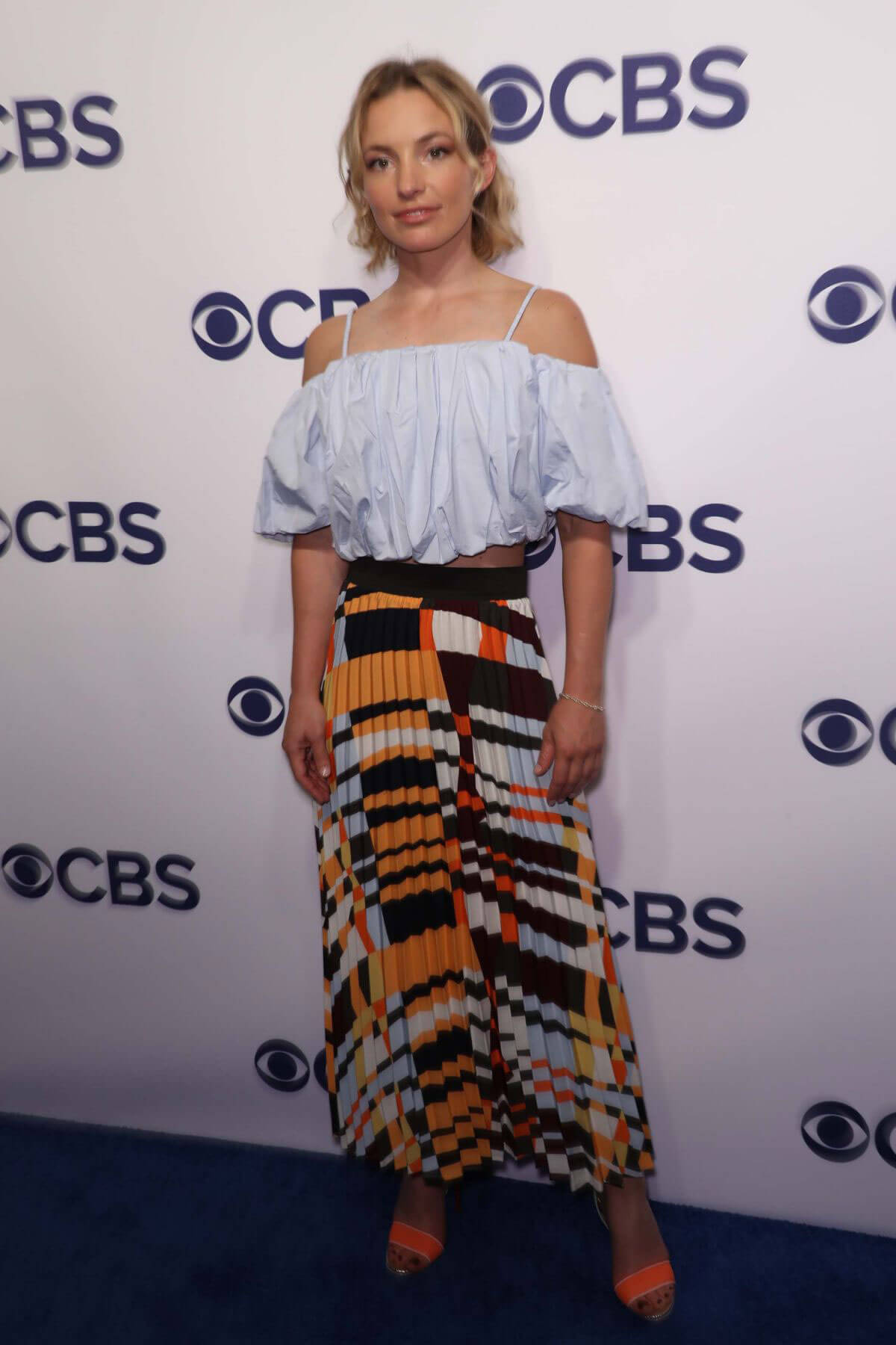 Perdita Weeks Stills At Cbs Upfront Presentation In New York 201805