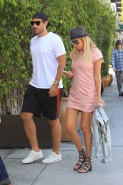Petra Ecclestone and Sam Palmer Stills Out for Lunch in Beverly Hills 2018/05/17 6