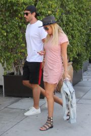 Petra Ecclestone and Sam Palmer Stills Out for Lunch in Beverly Hills 2018/05/17 8