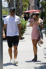 Petra Ecclestone and Sam Palmer Stills Out for Lunch in Beverly Hills 2018/05/17 12