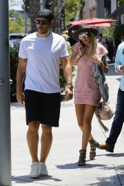 Petra Ecclestone and Sam Palmer Stills Out for Lunch in Beverly Hills 2018/05/17 13