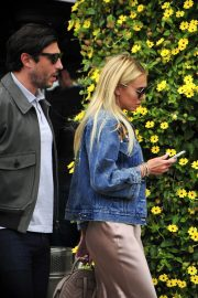 Petra Stunt Stills Out for Lunch at Il Pastaio in Beverly Hills 2018/05/03 2