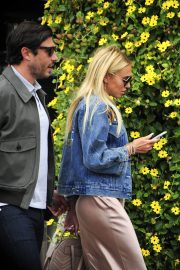 Petra Stunt Stills Out for Lunch at Il Pastaio in Beverly Hills 2018/05/03 3