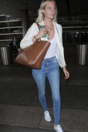 Poppy Delevingne at LAX Airport in Los Angeles 2018/05/29 2