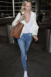 Poppy Delevingne at LAX Airport in Los Angeles 2018/05/29 6