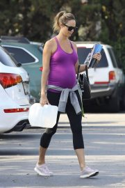 Pregnant Stacy Keibler Stills at Bristol Farms in Beverly Hills 2018/05/23 13
