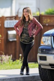 Rachel Bilson and Eddie Cibrian Stills on the Set of Take Two in New Westminster 2018/05/17 4