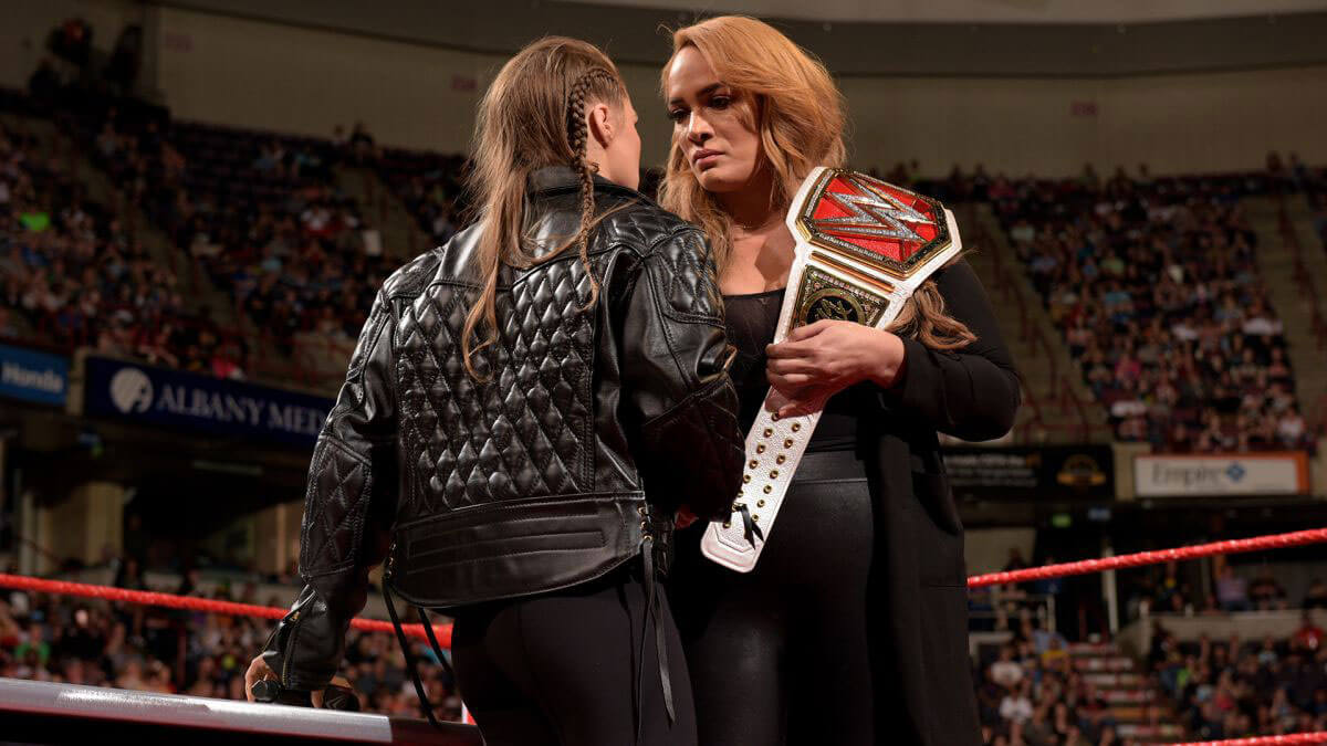 Ronda Rousey and Nia Jax with Stephanie McMahon for Signing for WWE Money in the Bank 2018/05/21 1