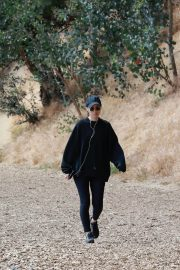 Rooney Mara Out Hiking at TreePeople Park in Beverly Hills 2018/05/26 3