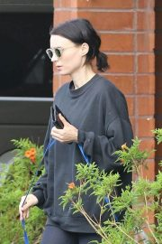 Rooney Mara Out Hiking at TreePeople Park in Beverly Hills 2018/05/26 9