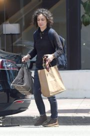 Sara Gilbert Stills Out and About in Los Angeles 2018/05/06 1
