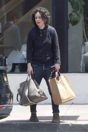 Sara Gilbert Stills Out and About in Los Angeles 2018/05/06 7