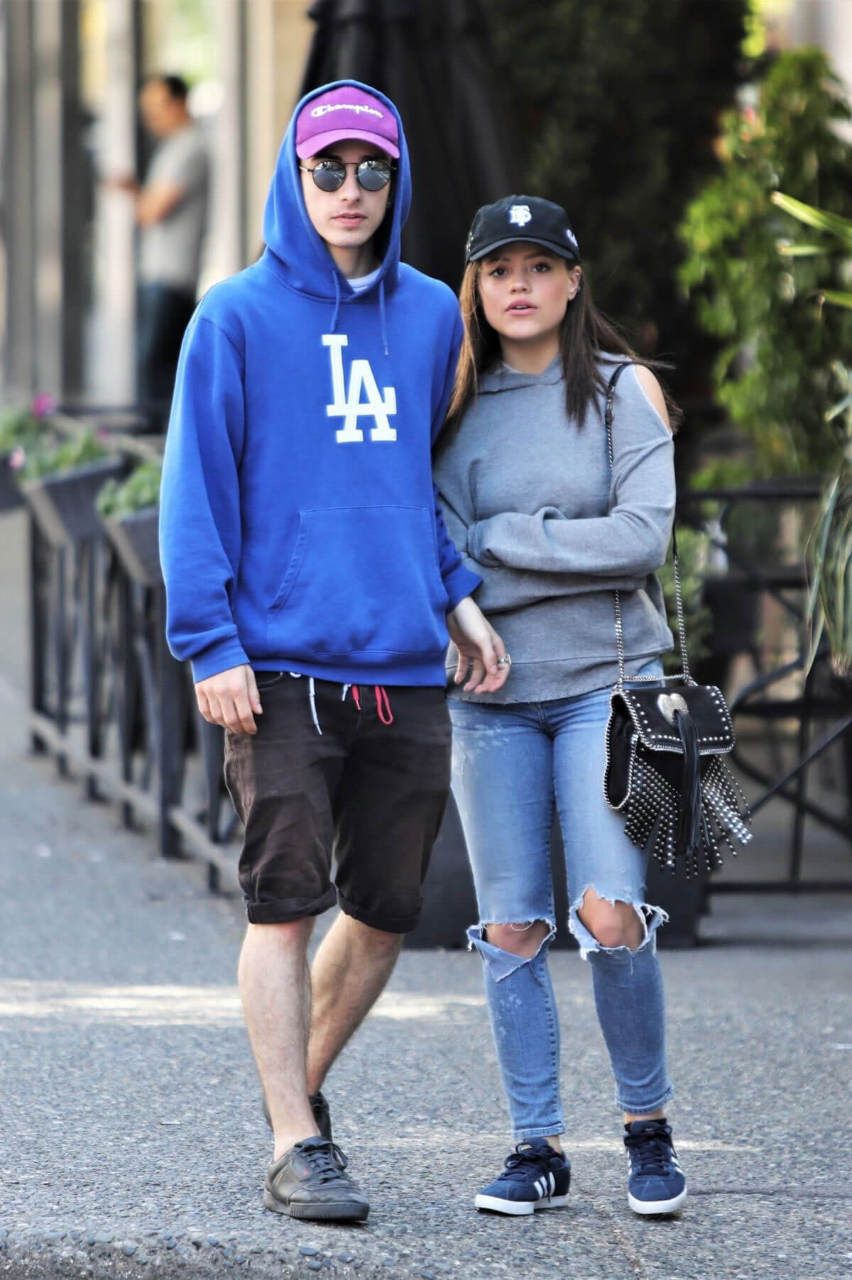 Sarah Jeffery Stills Out for Lunch in Vancouver 2018/05/05 6