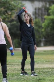 Selma Blair and Roselyn Sanchez Stills Working Out at a Park in Studio City 2018/05/23 20