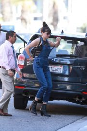 Shailene Woodley Stills Out Shopping in West Hollywood 2018/05/22 1