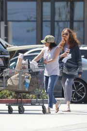 Shannen Doherty Stills Out Shopping at Trancas Country Market in Malibu 2018/04/29 2