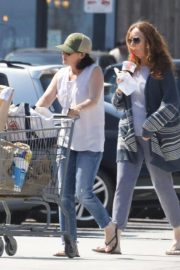 Shannen Doherty Stills Out Shopping at Trancas Country Market in Malibu 2018/04/29 6