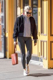 Sienna Miller and Claire Danes Stills Out in New York 2018/04/30 7