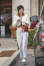 Sofia Richie Stills Out for Coffee in Calabasas 2018/05/01 7