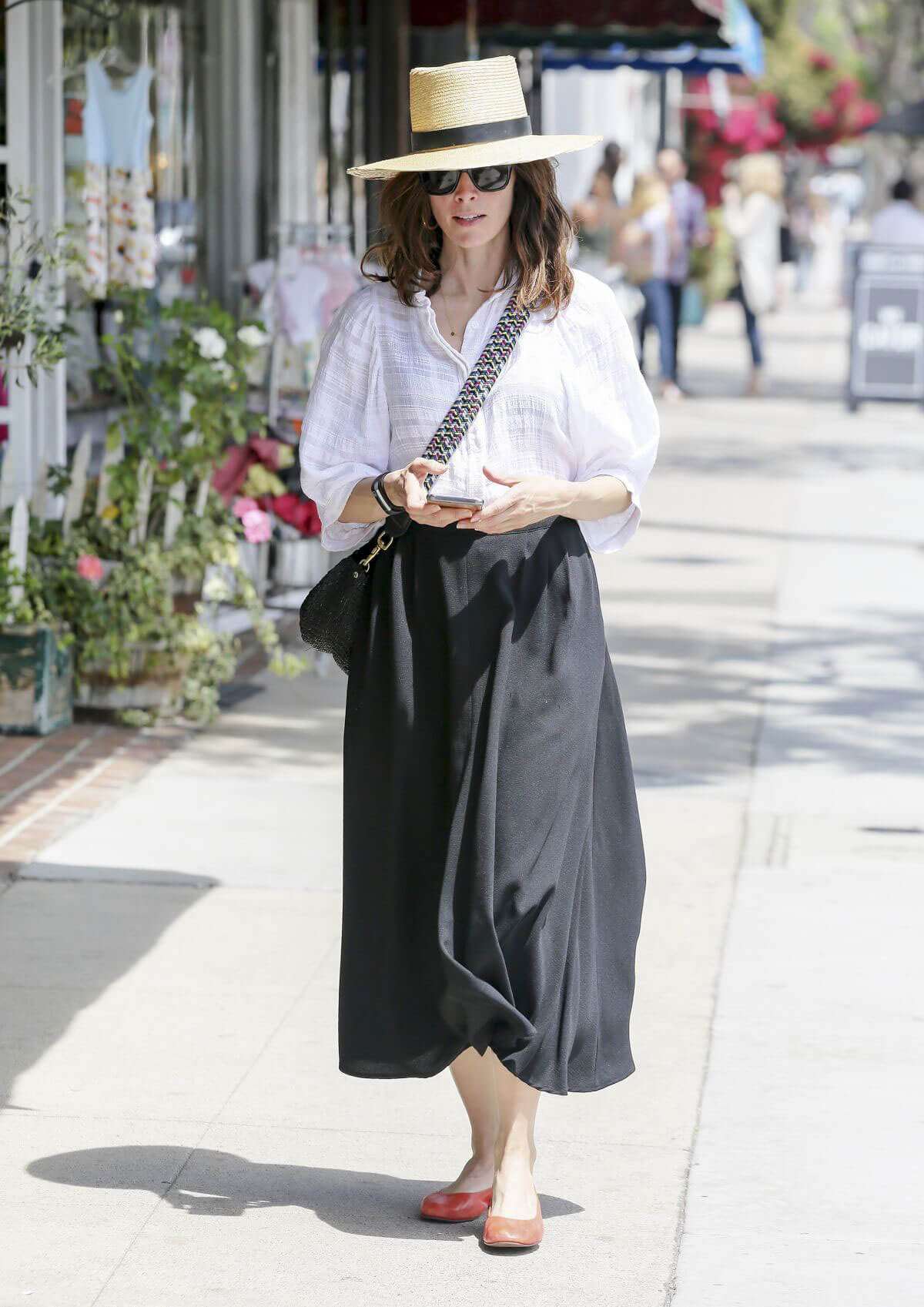 Abigail Spencer Out Shopping in Los Angeles 2018/06/04 2